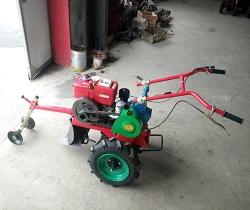 柴油型田园管理机